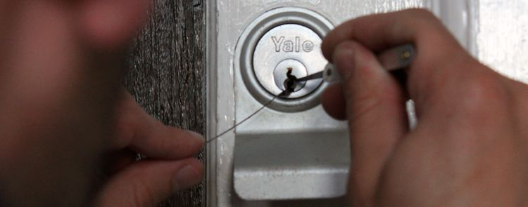 locksmiths in etobicoke