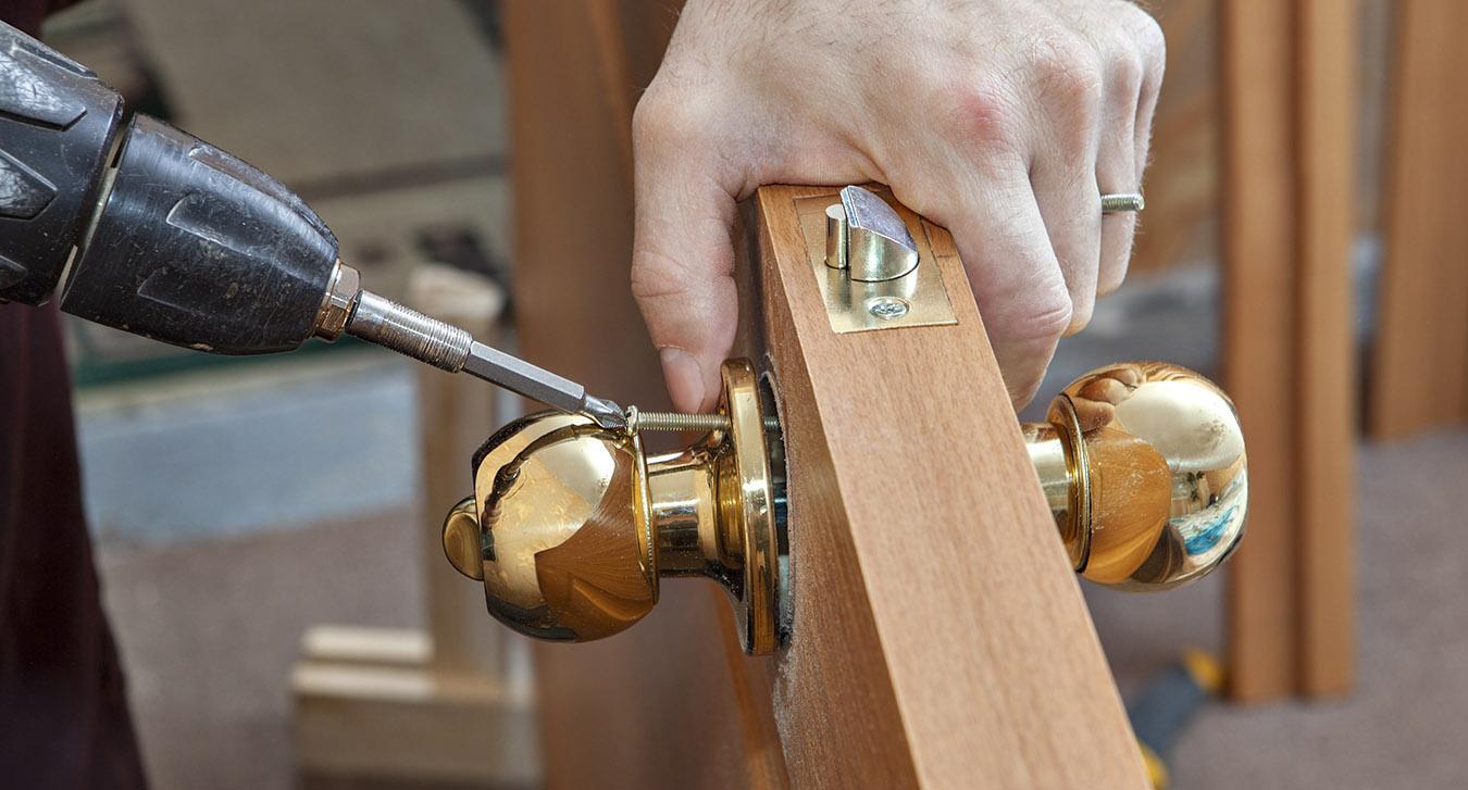 how much are locksmiths